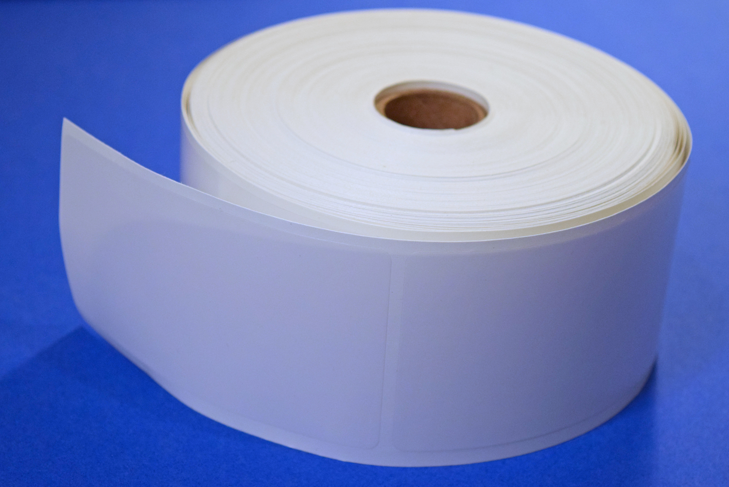 It is an image of Effortless Clear Mailing Seal Labels